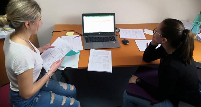 Střední školy na Plzeňsku: motivace, preference, strategie studentů při výběru vysoké školy
